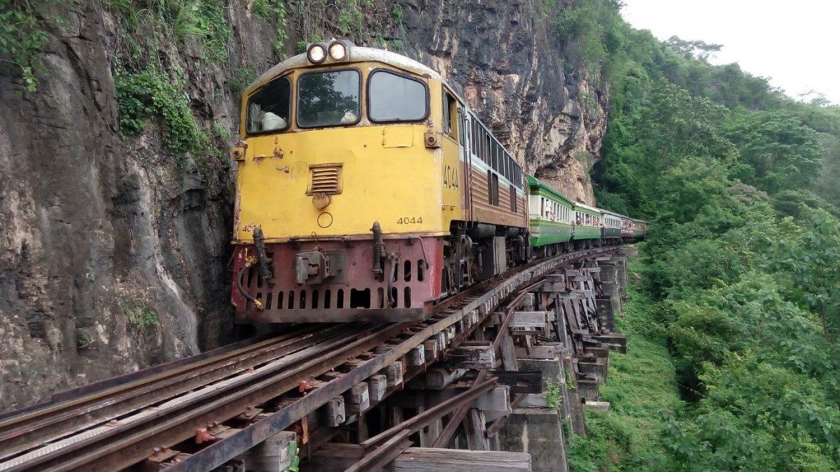 ท่องเที่ยวด้วยใจไปกับรถไฟสายมรณะ ที่กาญจนบุรี
