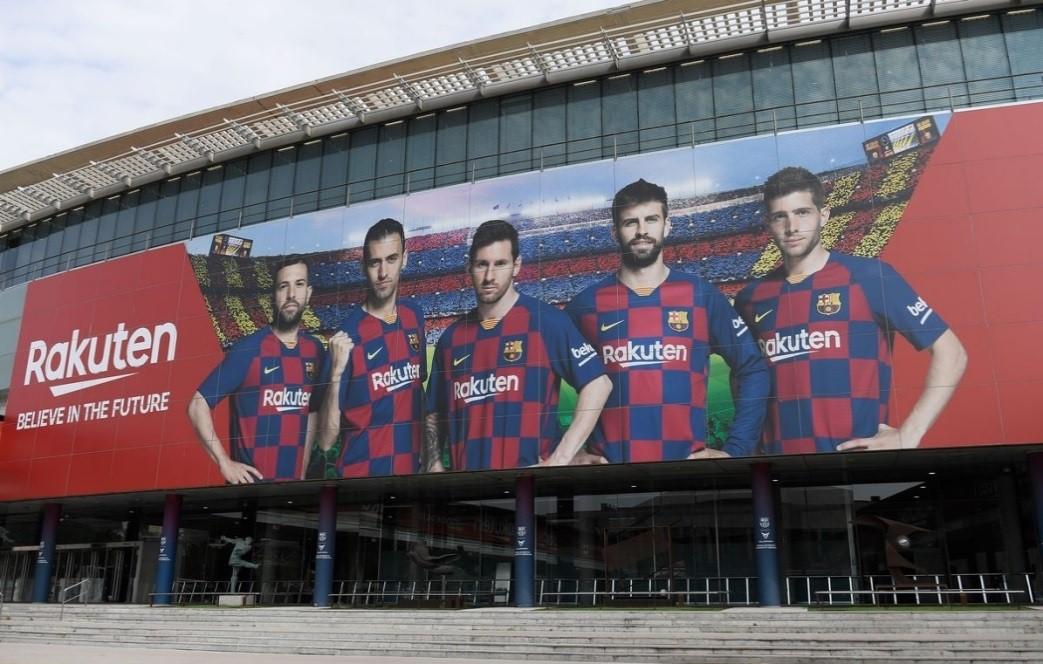Camp Nou รังเหย้าของทีมบาร์เซโลน่า สนามฟุตบอลที่ใหญ่ที่สุดในยุโรป