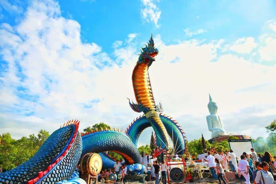 เยี่ยมชมพญานาคขนาดใหญ่ที่สุดในประเทศไทย ณ เมืองมุกดาหาร